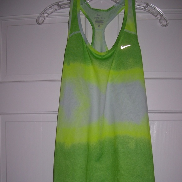 NIKE Dri-Fit Athletic TANK TOP *Ombre Green*